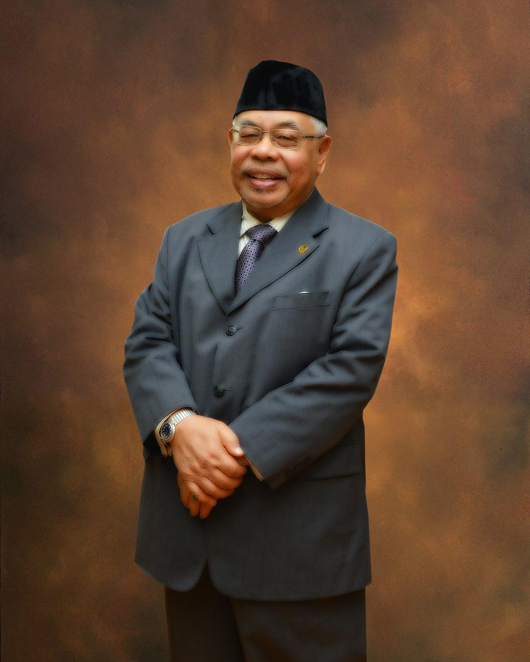 YBhg. Dato' Haji Mohd Fadzli bin Yusof